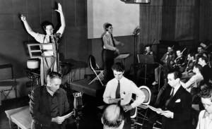 mercury-theatre-radio-rehearsal-1938.