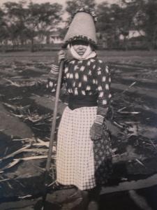 Hawaii sugar cane worker
