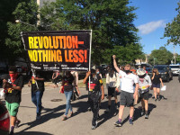 revolutionaries march in chicago